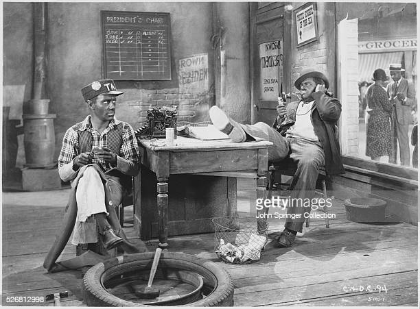 Freeman Gosden as Amos Jones and Charles J Correll as Andy Brown in Check and Double Check 1930