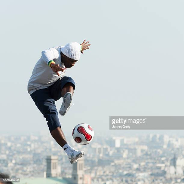 Freestyle Footballer at Montmartre
