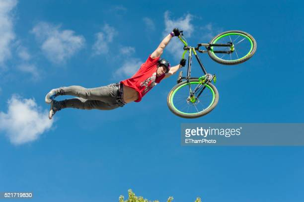 freestyle.ch mtb style session - freestyle stock pictures, royalty-free photos & images