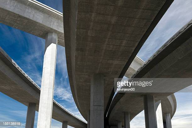 freeway span - flyover stock pictures, royalty-free photos & images