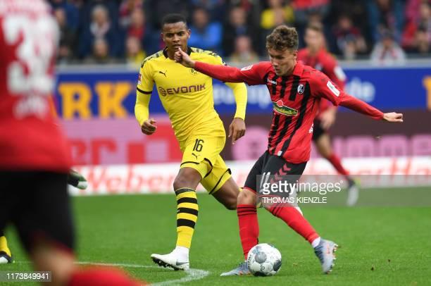 Freiburg's German forward Luca Waldschmidt scores the 1-1 during the German first division Bundesliga football match SC Freiburg vs Borussia Dortmund...