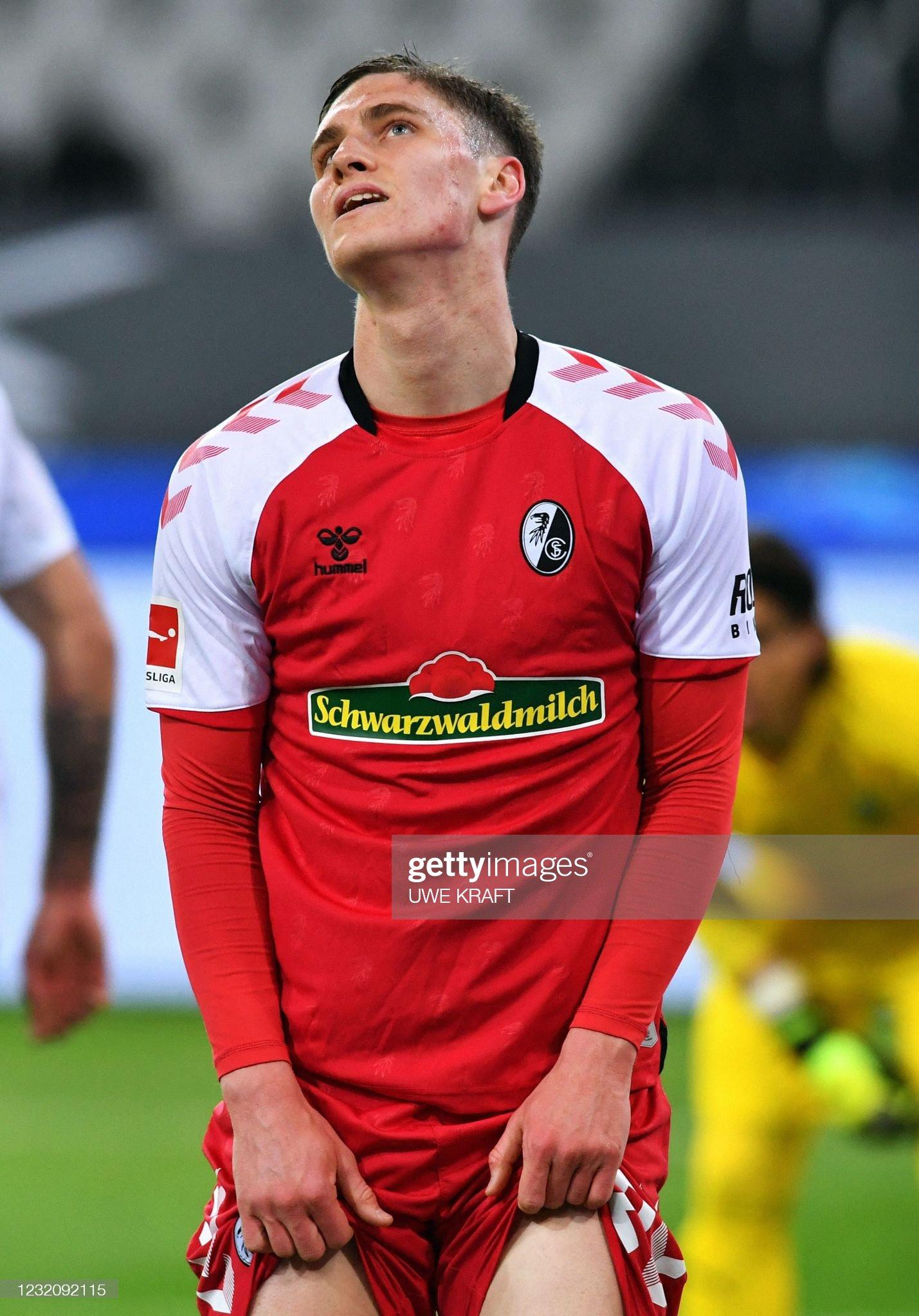 [Image: freiburgs-hungarian-midfielder-roland-sa...=2048x2048]