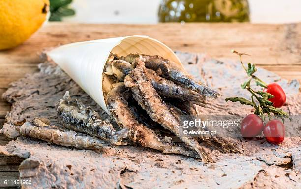 freid anchovies