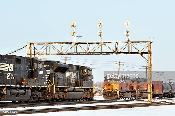 freight train meet - aurora illinois stock photos and pictures