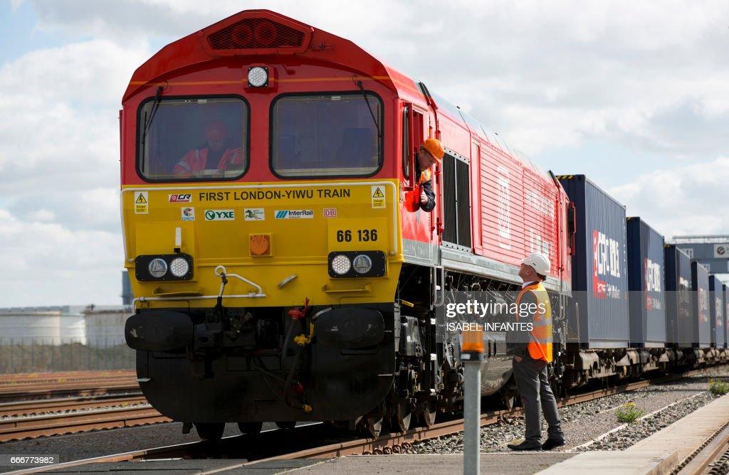 BRITAIN-CHINA-TRANSPORT-TRADE-DIPLOMACY : News Photo