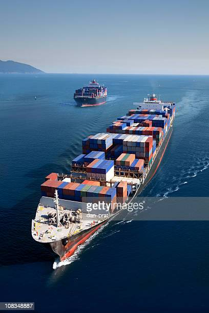 freight transportation - cargo ship stock pictures, royalty-free photos & images