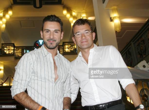 Freihof Matthias Schauspieler D mit seinem Freund Telmo Pires