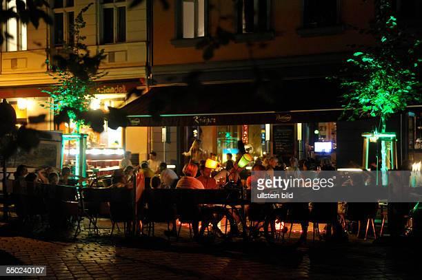 Freisitz einer Kneipe in der Lychener Strasse in Berlin-Prenzlauer Berg