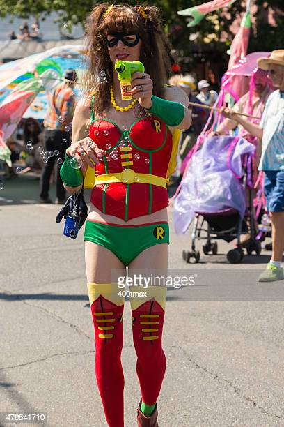 fremont parade - fremont solstice parade stock pictures, royalty-free photos & images