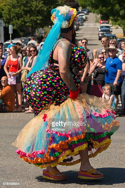 fremont solstice celebration - fremont solstice parade stock pictures, royalty-free photos & images