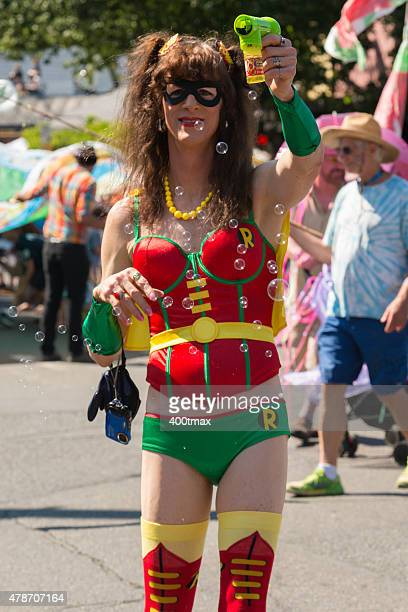 fremont solstice parade - fremont solstice parade stock pictures, royalty-free photos & images