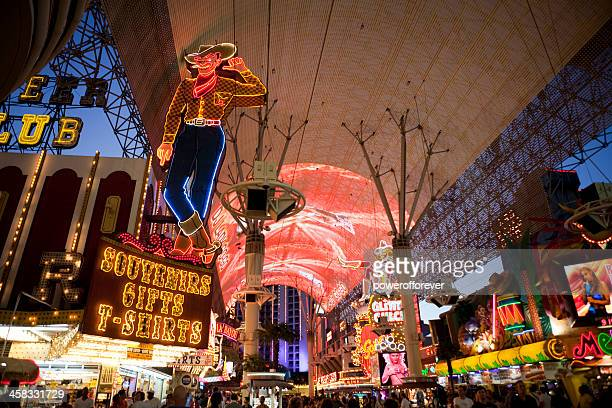 fremont street at night - fremont street experience stock pictures, royalty-free photos & images