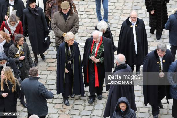 French Academicians Helene Carrere d'Encausse Pierre Rosenberg and Xavier Darcos attend the National Tribute ceremony for late member of the Academie...