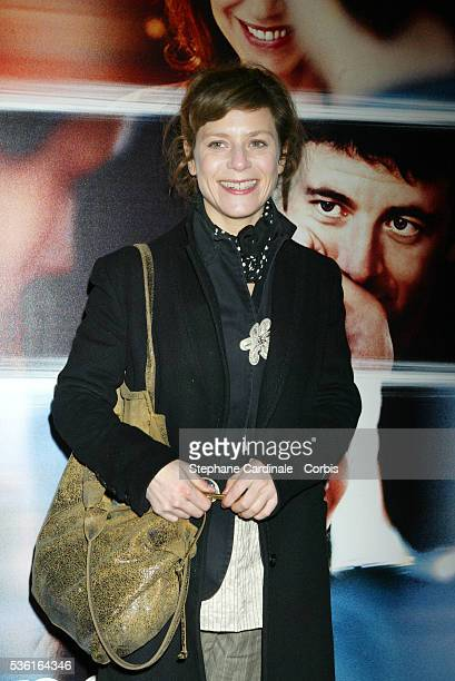 French acrtess Marina Foïs attends the premiere of 'Une Vie à T'Attendre'