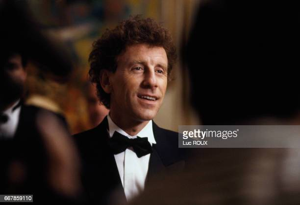 French actor and singer Alain Souchon on the set of the film La Fete des Peres directed by Joy Fleury