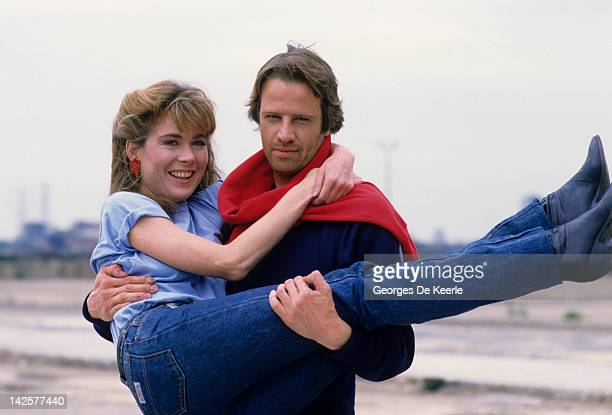 French actor Christopher Lambert and Roxanne Hart pose on a portrait session Great Britain June 1985