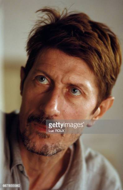 French actor Jacques Dutronc on the set of the film Van Gogh directed by Maurice Pialat