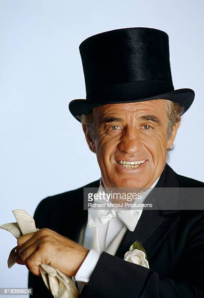 French actor JeanPaul Belmondo is dressed in a tuxedo for his role in the Georges Feydeau play Tailleur pour les Dames