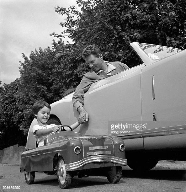 French actor JeanPierre Aumont with his daughter Tina Aumont 1951