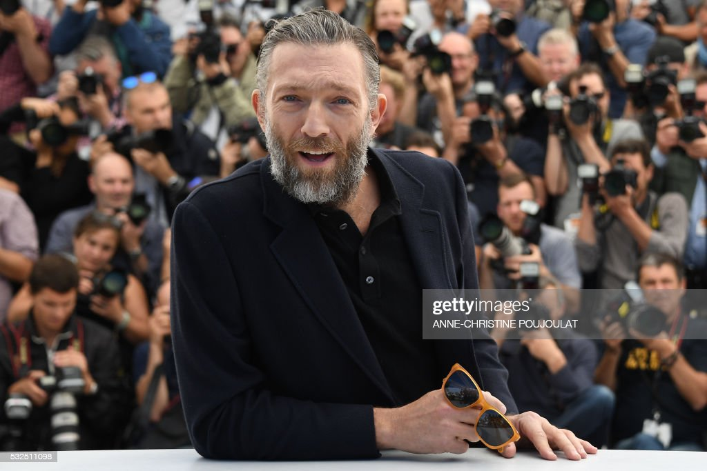 TOPSHOT - French actor Vincent Cassel poses on May 19, 2016 during a photocall for the film 'It's Only The End Of The World (Juste La Fin Du Monde)' at the 69th Cannes Film Festival in Cannes, southern France. /