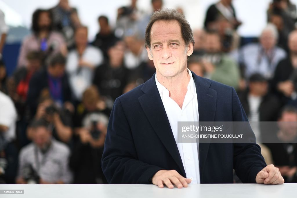 TOPSHOT - French actor Vincent Lindon poses on May 16, 2018 during a photocall for the film 'At war (En Guerre)' at the 71st edition of the Cannes Film Festival in Cannes, southern France.