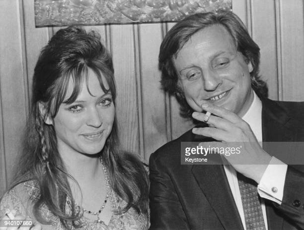 French actors Anna Karina and Bruno Cremer at the premiere of the film 'le Temps de Mourir' in Paris France 8th July 1970 They both star in the film...