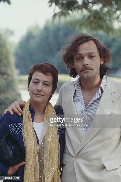 French actors Annie Girardot and Patrick Dewaere on the set of La Cle sur la porte written and directed by Yves Boisset