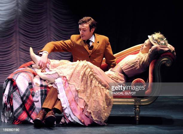 French actors Arnaud Denis and Marilyne Fontaine perform during a rehearsal of the play 'L'importance d'etre serieux' based on a novel by Irish...