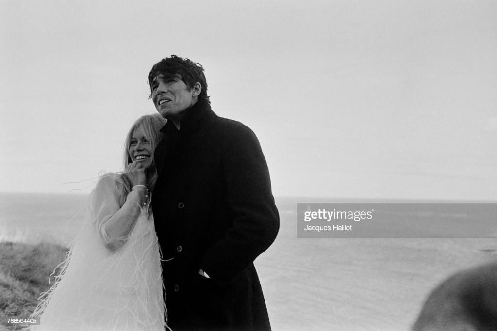 French actors Brigitte Bardot and Laurent Terzieff on the set of A Coeur Joie, written and directed by Serge Bourguignon.