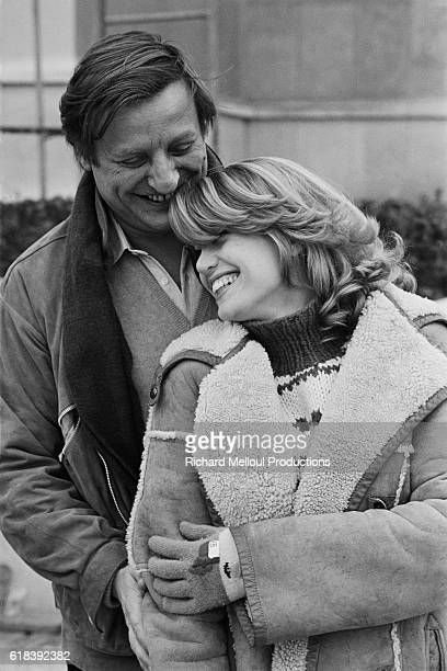French actors Bruno Cremer and Catherine Alric on the set of La puce et le prive directed by Roger Kay