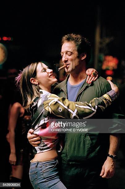 French actors Cecile de France and Vincent Lindon on the set of the fim La Confiance Regne directed by Etienne Chatiliez