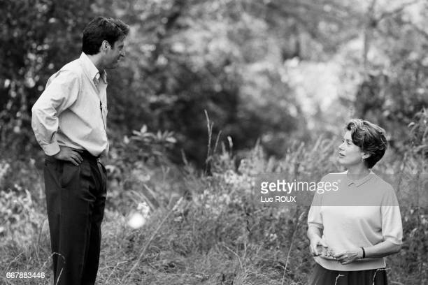French actors Daniel Auteuil and Catherine Deneuve on the set of the film Ma Saison Preferee directed by Andre Techine