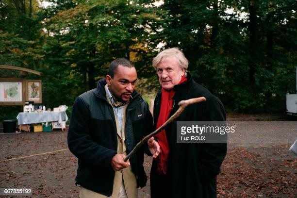 French actors Dieudonne and Claude Rich on the set of Le Derriere directed by Valerie Lemercier