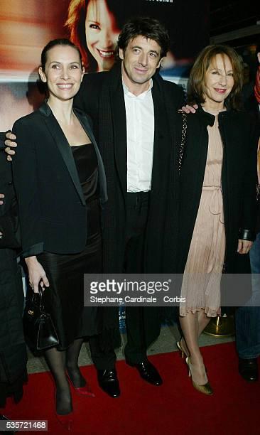 French actors Geraldine Pailhas Patrick Bruel and Nathalie Baye attend the premiere of 'Une Vie à T'Attendre'