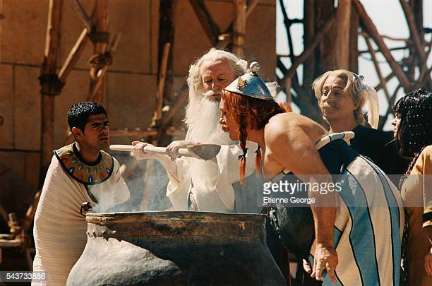 French actors Jamel Debbouze Claude Rich Gerard Depardieu Christian Clavier and Isabelle Nanty on the set of Asterix and Obelix Meet Cleopatra...