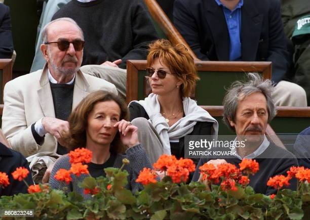 French actors JeanPierre Marielle and French Agathe Natanson and his husband Jean Rochefort and his wife Françoise Vidal with an unidentified friend...