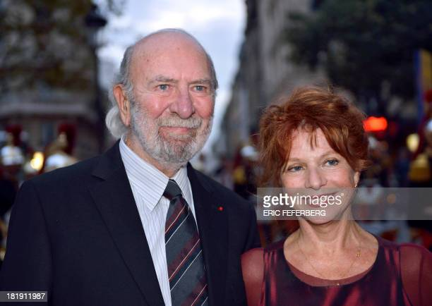 French actors JeanPierre Marielle and his wife Agathe Natanson arrive to attend a charity show to help Alzheimer scientific research on September 25...