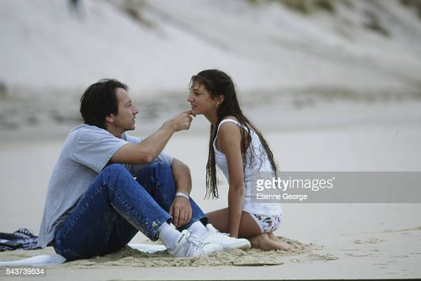 French actors Julia Maraval and Jean-Hugues Anglade on the set of the film Dis-moi oui... Directed by French director Alexandre Arcady.