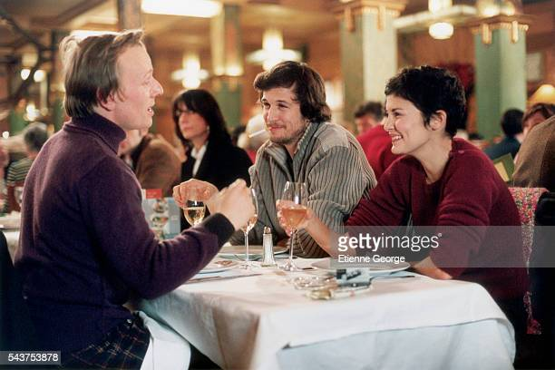 French actors Laurent Stocker Guillaume Canet and Audrey Tautou on the set of the film 'Ensemble c'est tout' directed by Claude Berri and based on...
