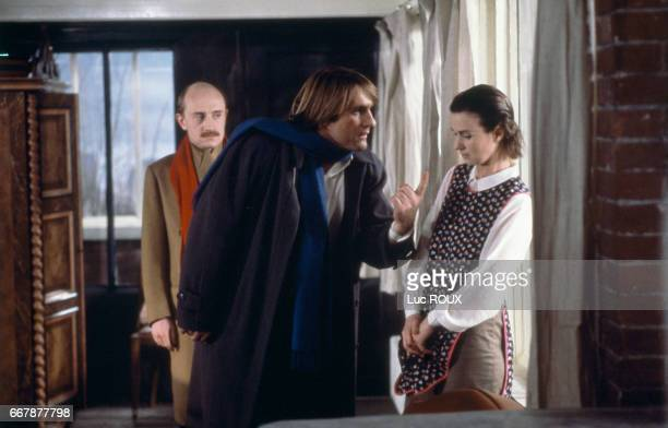 French actors Michel Blanc Gerard Depardieu and Miou Miou on the movie set of Tenue de Soiree written and directed by Bertrand Blier