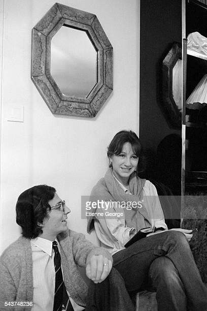 French actors Nathalie Baye and Christian Clavier on the set of the film 'Je vais craquer' based on comic book cartoonist Gerard Lauzier's comic...