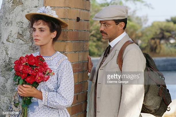 French actors Nathalie Roussel and Philippe Caubere on the set of the film 'Le Chateau de ma mere' directed by Yves Robert and based on the Marcel...