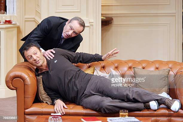 """French actors Olivier Granier and Arthur perform during a rehearsal of the play """"Le d?ner de Cons"""", 19 September 2007 at the Theatre de la Porte..."""