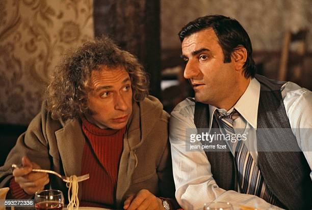 French actors Pierre Richard and Aldo Maccione in the 1978 French movie Je Suis Timide Mais Je me Soigne directed by Pierre Richard