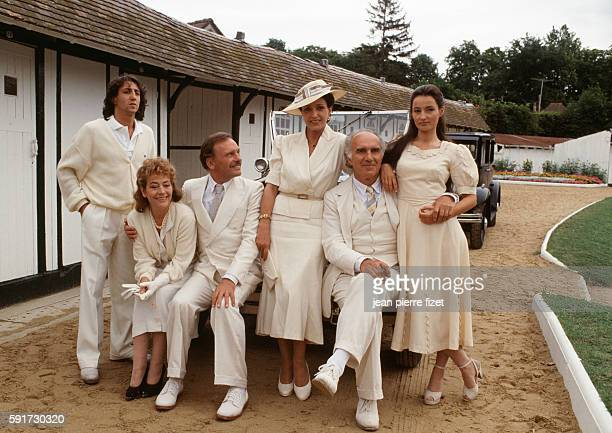 French actors Richard Anconina, Annie Girardot, Jean-Louis Trintignant, Francoise Fabian, Michel Piccoli and Evelyne Bouix on the set of Partir,...