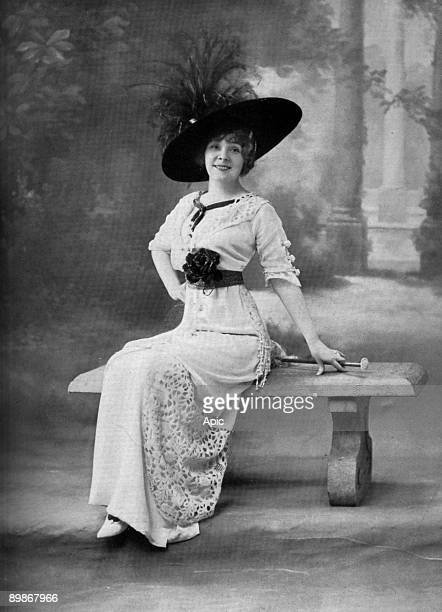 French actress Amelie Dieterle in play 'Le bonheur sous la main' Paris photo from french paper 'Le Theatre' february 1912