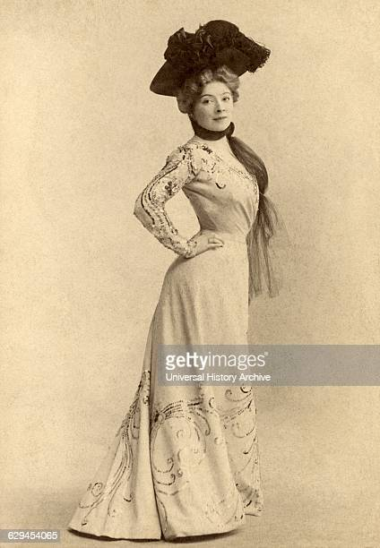 French Actress Amelie Dieterle Portrait Reutllnger Paris France circa 1898