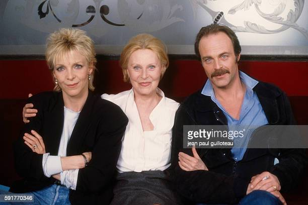 French actress and director Tonie Marshall is the daughter of French actress Micheline Presle and American actor William Marshall Actor Mike Marshall...
