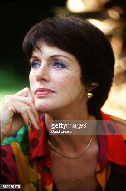 """French actress Anny Duperey during the filming of the television series """"Marseille"""", directed by Didier Albert."""