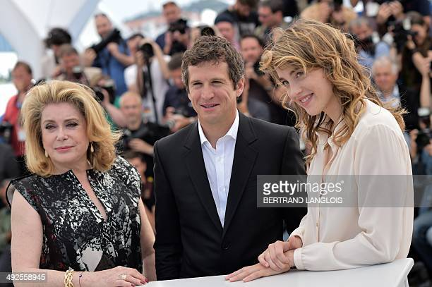 French actress Catherine Deneuve French actor Guillaume Canet and French actress Adele Haenel pose during a photocall for the film L'Homme qu'on...